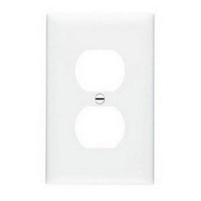 Pass & Seymour Inc TPJ8W Pass & Seymour TPJ8-W TradeMaster® 1-Gang Jumbo-Size Duplex Receptacle Wallplate; Wall Mount, Nylon, White